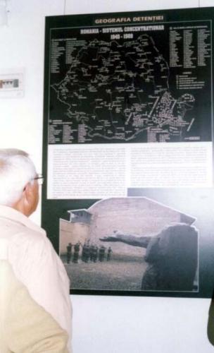 Expoziţie despre Memorialul Sighet la Braşo