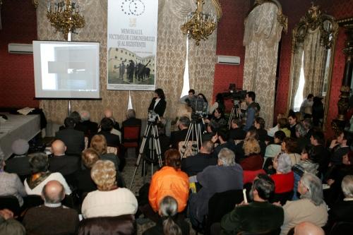 Aniversare 15 ani de la începuturile Memorialului Victimelor Comunismului şi al Rezistenţei
