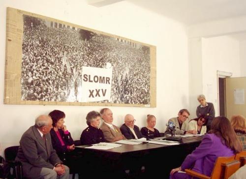 Vasile Paraschiv, membru SLOMR, Ana Blandiana, Gratiana Popescu, sora sindicalistei Carmen Popescu, dr. Ionel Cana, fondatorul SLOMR, Cicerone Ionitoiu, Mara Stefan, Romulus Rusan