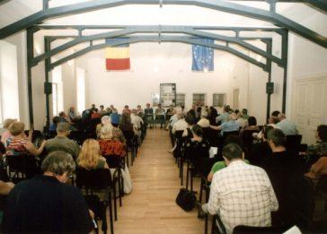 Simpozionul de la Sighet, 2001. Imagini din sala de conferinţe. Sesiune dedicată Cehoslovaciei - Primăvara de la Praga, 1968