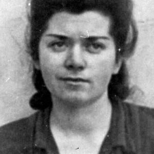 Platforma Memoriei și Conștiinței Europene face apel la comunitatea internațională să țină un moment de reculegere în memoria femeilor executate, ucise, închise, torturate și persecutate în timpul comunismului