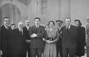 Comisia celor trei puteri Grup la Sinaia Clark Kerr Vishinsky Regele Mihai Regina Elena Harriman