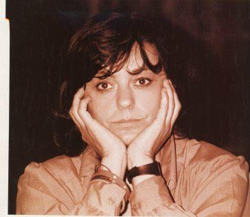 """Școala Memoriei 2005: Ana Blandiana, Anii 80 – între exasperare și rezistență (din jurnalul romanului """"Sertarul cu aplauze"""")"""