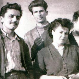 Răchitoasa, 1959. După ani de închisoare, ani de domiciliu obligatoriu: Remus Petcu, Horia Florian Popescu, Alexandru Tătaru